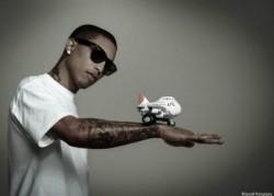 pharrell-toy-250x179