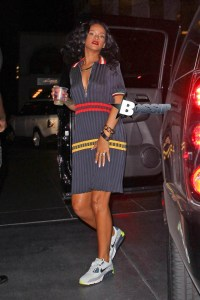 *EXCLUSIVE* Rihanna returns to her hotel solo after LA Clippers Game with Drake