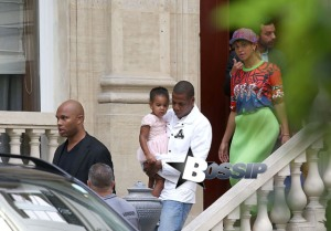 Semi-Exclusive... Are Beyonce & Jay-Z Planning To Purchase A Property In Paris?!