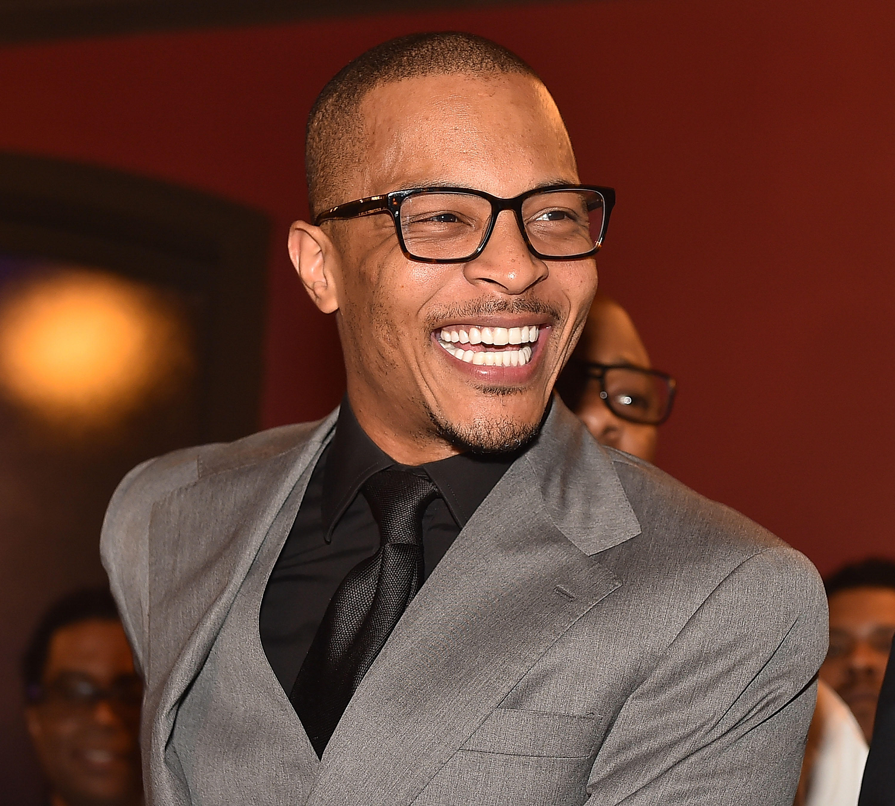 T.I. 925 Scales restaurant ribbon cutting