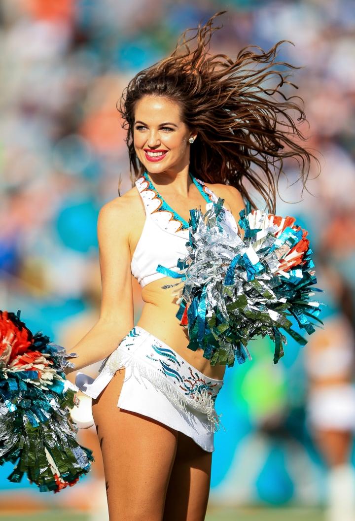 Hottest NFL Cheerleaders