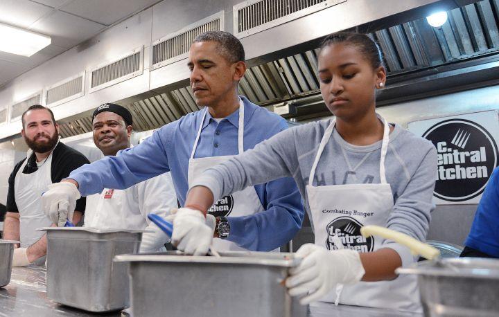 President Obama and Malia At Soup Kitchen