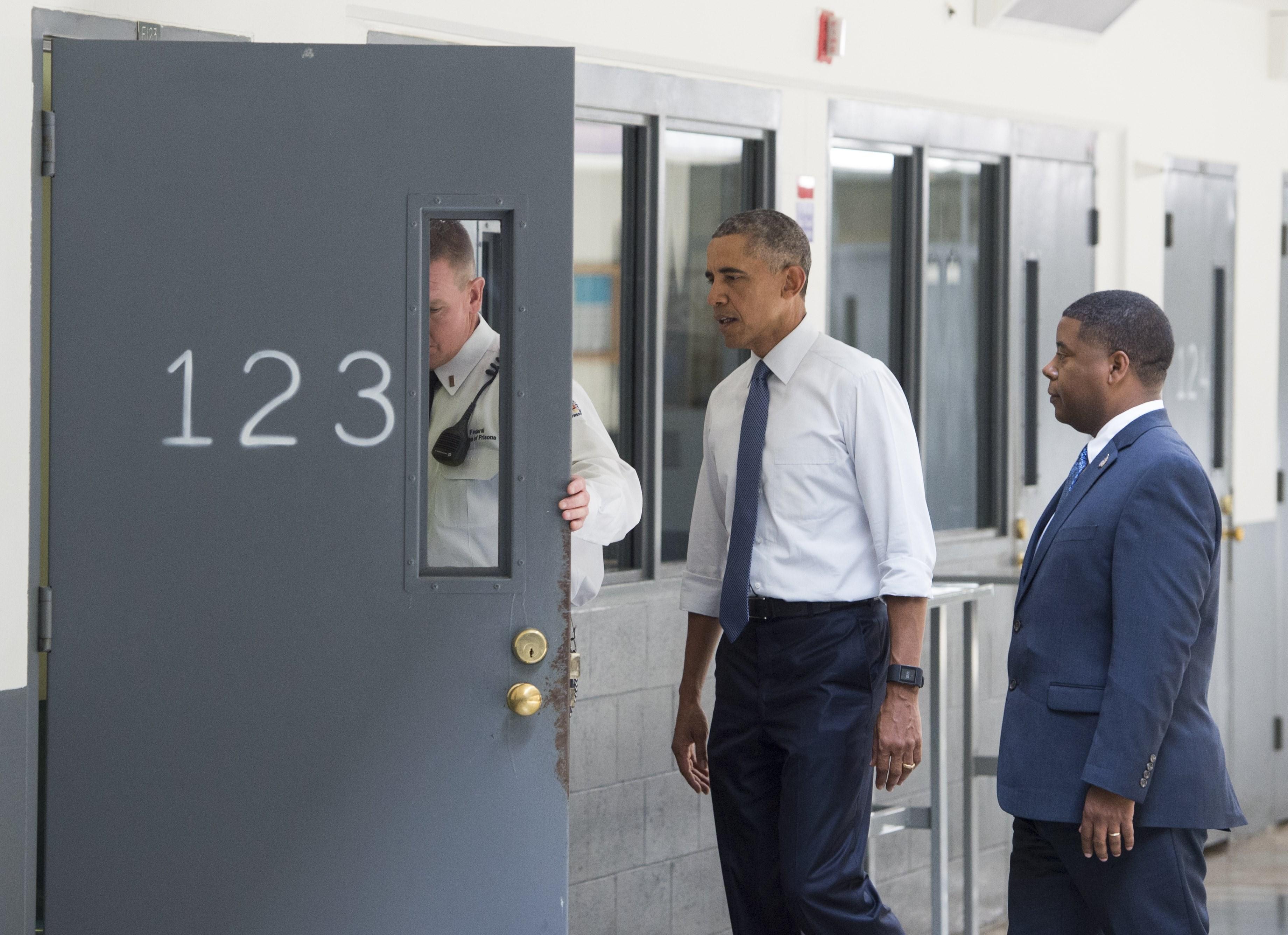President Obama, Barack Obama, jail, El Reno, prison reform