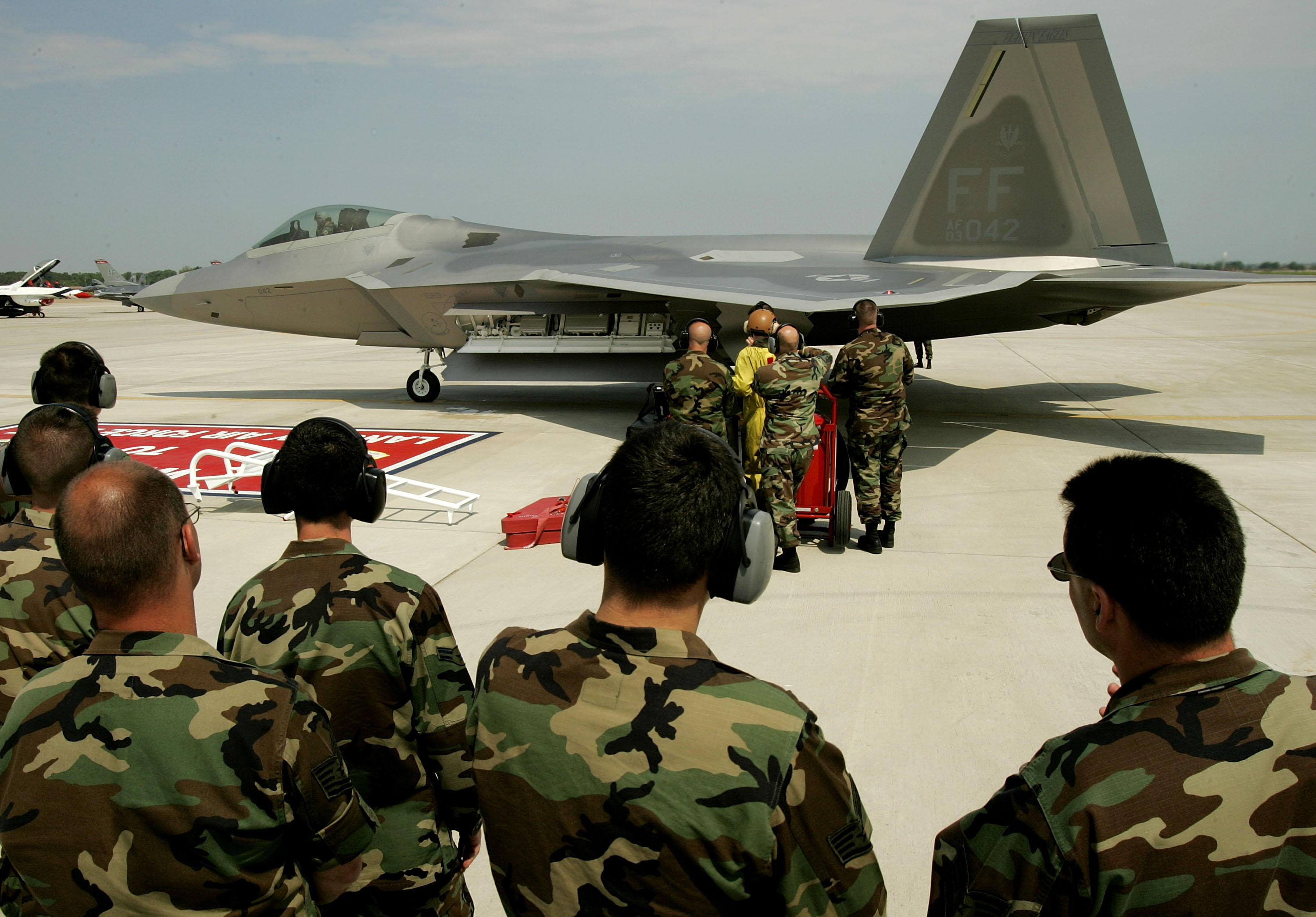Langley AFB Gets Its First F-22 Fighter
