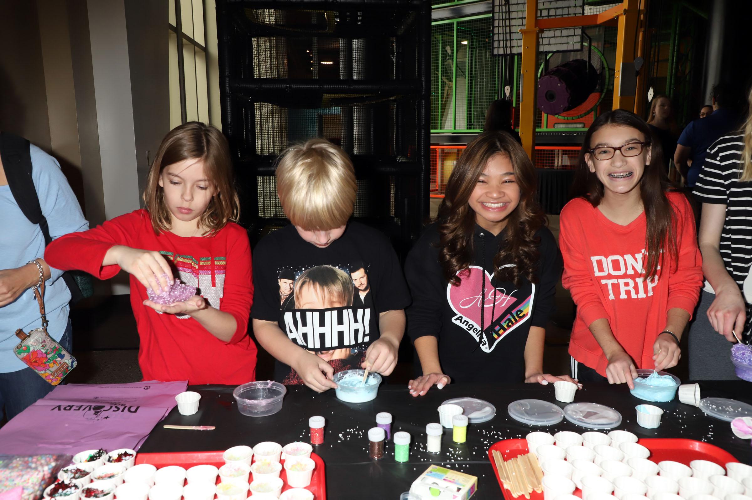 'America's Got Talent' runner up Angelica Hale hosts a Holiday Slime Workshop