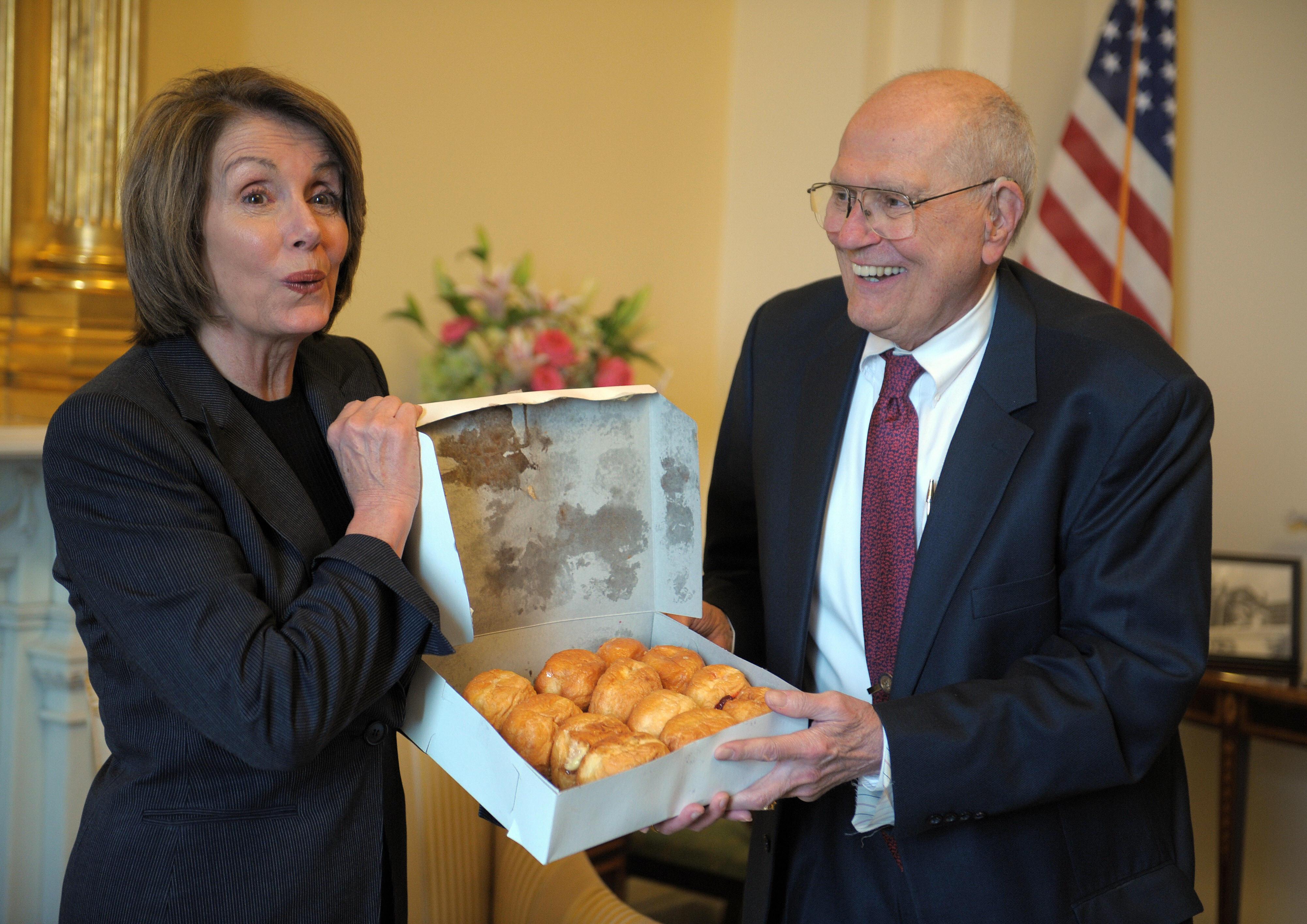 US Speaker of the House Nancy Pelosi (L)