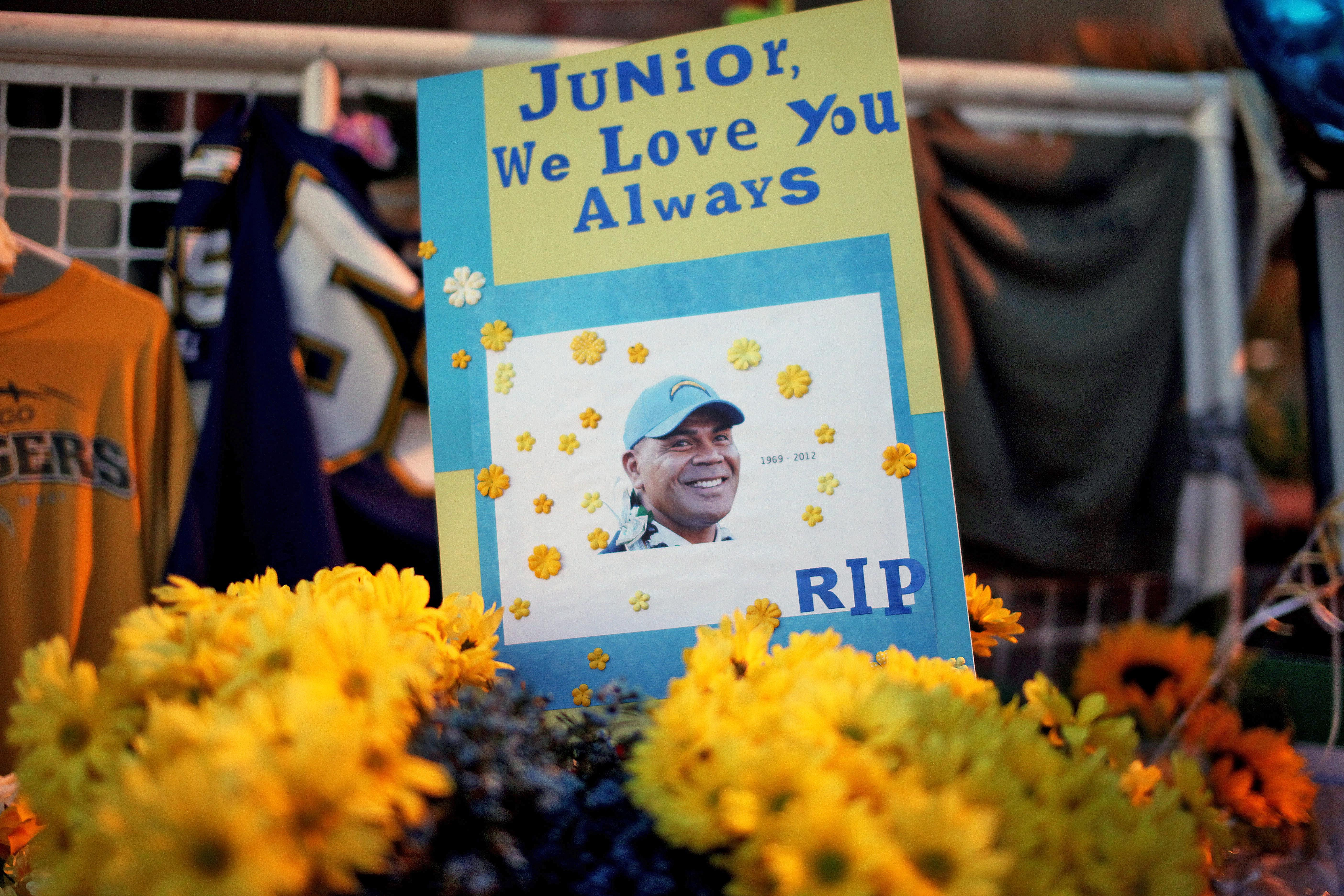 Junior Seau found dead in his home