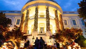 Halloween trick-or-treaters visit the White House